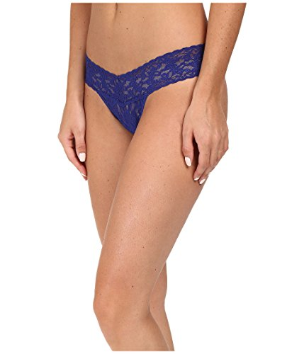 Hanky Panky Women's Signature Lace Low-Rise Thong Panty - Black Lace Low Rise Thong