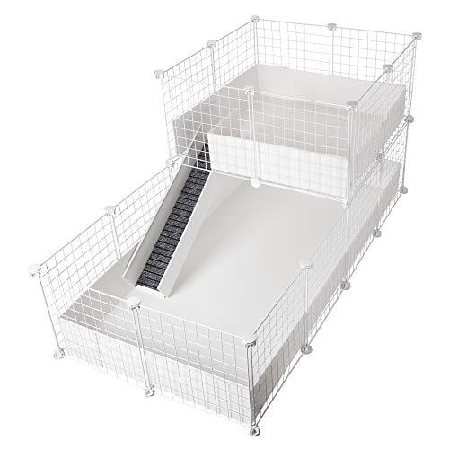 CagesCubes - Käfig CyC Deluxe (Base 2X4 + Loft 2x2 - Panel weiß) + Sockel Coroplast in weiß für Meerschweinchen