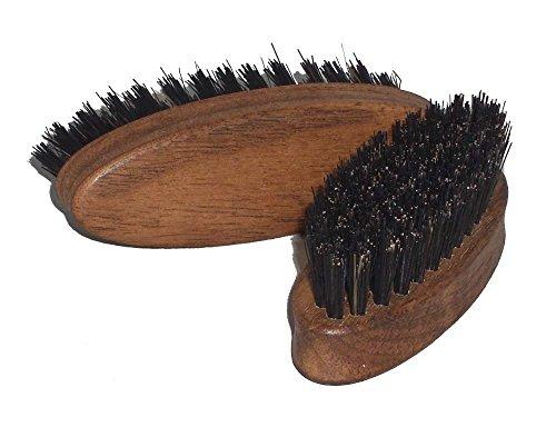 Brosse à barbe en bois de noyer de haute qualité avec des poils de sanglier pur, idéale pour les hommes pour le soin naturel de la barbe noble, dimensions env. 83 x 27 mm, Made in Germany
