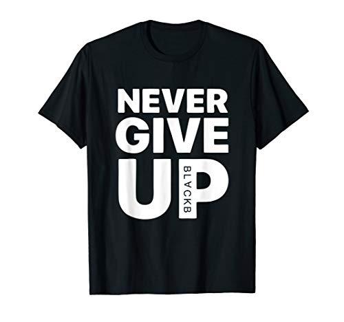 Herren NEVER GIVE UP | Motivational apparel | Football gift T-Shirt