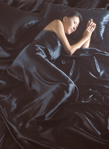 Lit Double 6 pièces En soie satinée Noir Parure de lit avec housse de couette, drap-housse et 4 taies d'oreiller