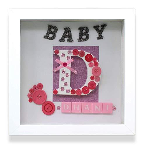 Trimming Shop Personalisiert Plastik Rahmen mit Scrabble Buchstaben, Glitzer Papier, Individualisieren Name, Groß Alphabet für Baby Dusche, Wand Dekoration, Verschenken Zubehör