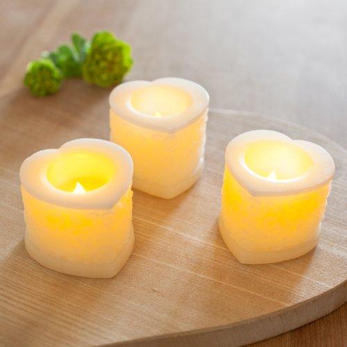 Lights4fun 3er Set LED Herz Kerzen mit Verzierung
