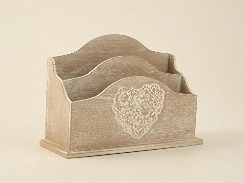 Porta lettere in legno decapè con cuore, 26,5x9,5x18cm