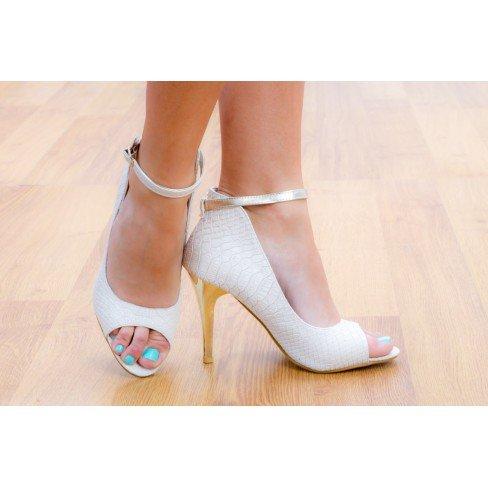 Princesse boutique - Escarpins ouverts avec bride et talon argenté beige Beige