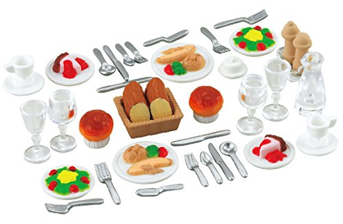 Preisvergleich Produktbild Sylvanian Families 2818 - Dinner for Two-Set