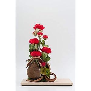 Rustikales Tischgesteck mit roten Ranunkeln,Budha Nut+Holzbrettchen-Tischdeko mit künstl.Blumen