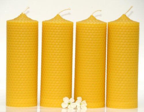 4 große Wabenkerzen. BIENENWACHS KERZEN aus 100% Imkerwachs - aus der Schwarzwälder Kerzenmanufaktur. Höhe 15 cm Durchmesser 5 cm