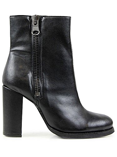 High-heeled boots-5 UK / 38 EU / 7 US