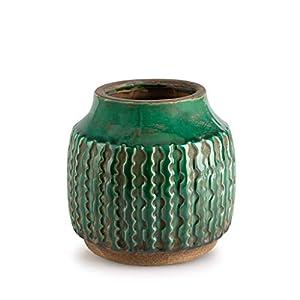 Black Velvet Studio Jarrón Cerámica Decorativo Color Verde – Florero Moderno Vintage para Hogar Oficina Sala Mesa con Grabado Étnico Modelo Alpes 23 * 14 * 14 cm.