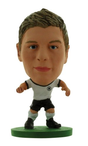 SoccerStarz Germany International Figurine Blister Pack Featuring Toni Kroos Home Kit