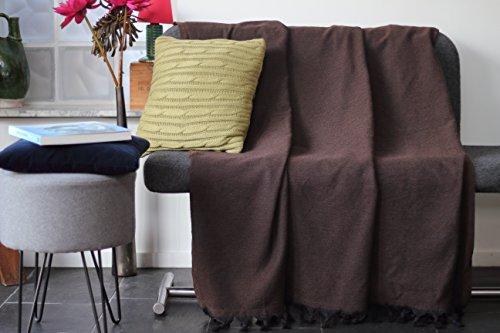 Tagesdecke / sofa-überwurf aus 100% Baumwolle mit Fischgrätmuster | Größe xl 150x230 cm | Braune Farbe