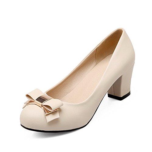 AllhqFashion Damen Pu Leder Mittler Absatz Rund Zehe Rein Ziehen Auf Pumps Schuhe Cremefarben