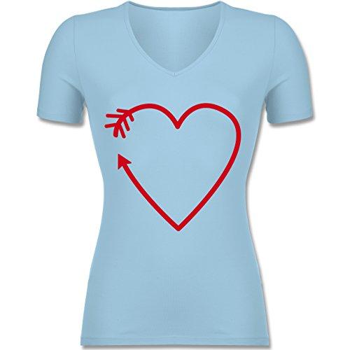 Romantisch - Herz Pfeil - Tailliertes T-Shirt mit V-Ausschnitt für Frauen Hellblau
