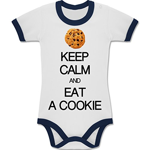 ep Calm and Eat a Cookie - 12-18 Monate - Weiß/Navy Blau - BZ19 - Zweifarbiger Baby Strampler für Jungen und Mädchen (Mädchen Ernie Kostüm)