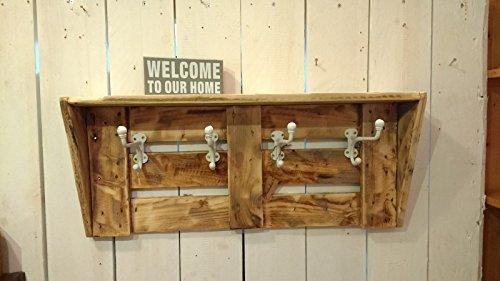 Garderobe aus altem Holz mit weißen Haken Upcycling Shabby Palettenholz Landhausstil von Landgefühl♡