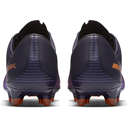 Nike 831958-585, Chaussures de Football Homme Violet