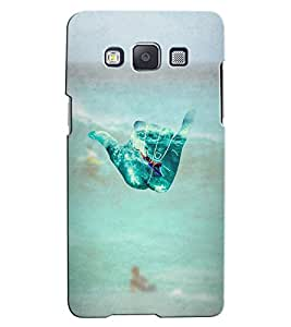 Citydreamz Adventure/Water/Sports/Surfing Hard Polycarbonate Designer Back Case Cover For Samsung Galaxy E5