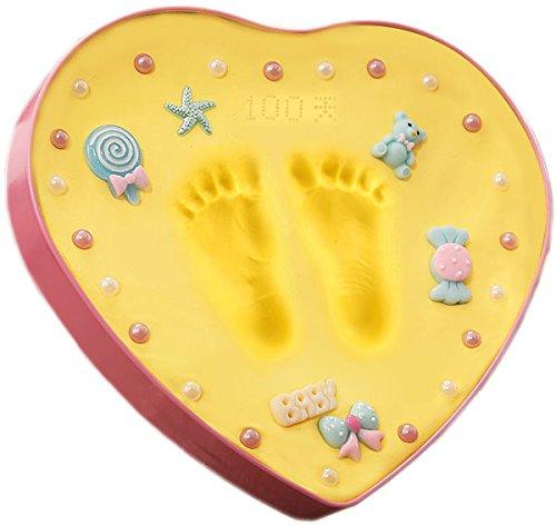 Premium Ornament Keepsake Kit, Baby Handprint Kit und Footprint Kit - Ornamente in ungiftigen Ton und kommt mit 1 Staffeleien, (Herzförmiges Gelb) Unterschrift Maschine