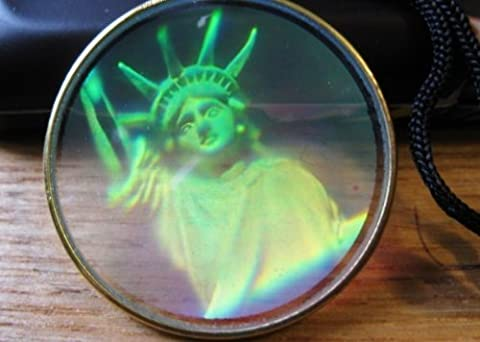 real 3d hologram, holograph pendant, laser holographic hologram image statue of liberty usa necklace ,rare