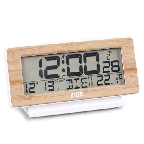 ADE Funkuhr CK 1703. Digitale Uhr mit DCF Zeitsignal, Gehäuse mit echtem Bambus, LCD-Display, Thermometer, Wecker mit extra großer Snoozetaste und Kalender. Inklusive Batterie
