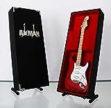 Miniatur Gitarre Replica: Eric Clapton-Torino Red Strat Gitarre-Modell Mini Rock Kuriositäten Nachbildung Holz Miniatur-Gitarre & Display Gratis Ständer (UK Verkäufer)