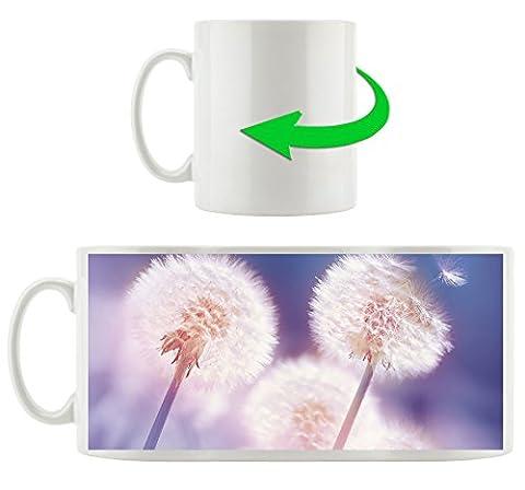 Pusteblumen im morgendlichen Wind, Motivtasse aus weißem Keramik 300ml, Tolle Geschenkidee zu jedem Anlass. Ihr neuer Lieblingsbecher für Kaffe, Tee und Heißgetränke