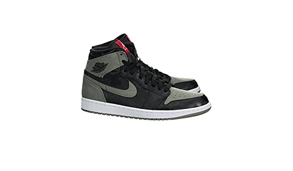 5887e6899f9681 Jordan Air 1 Retro Men s High Premium Black AA3993-034 (Size  13)  Buy  Online at Low Prices in India - Amazon.in