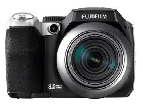 "FujiFilm FinePix S8000fd Digitalkamera (8 Megapixel, 18-fach opt. Zoom, 2,5"" Display, Bildstabilisator)"