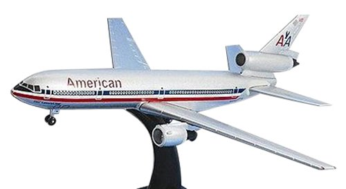 postage-stamp-planes-dc-10-30-american-airlines-diecast-model