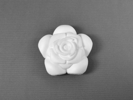 styropor-rosenblute-8-5cm