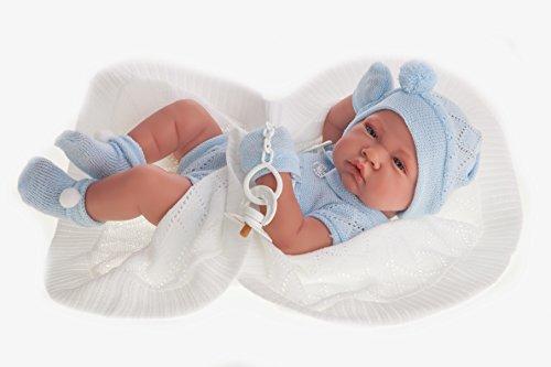 Muñeco bebé reborn con toquilla