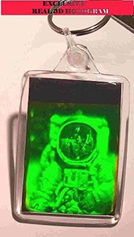 real 3d photo holograph hologram keyring laser holographic image spaceman in a keyring ,rare