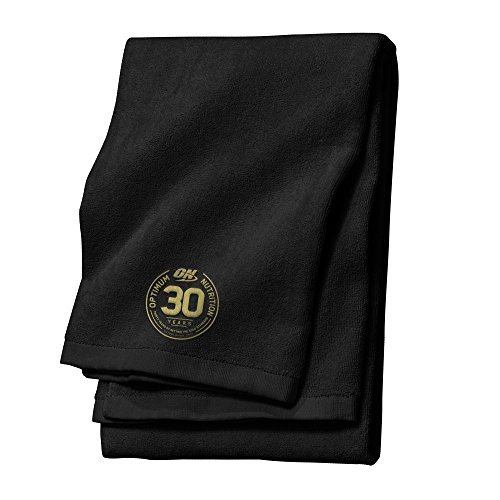 optimum-nutrition-on-gym-towel-30-years-of-setting-the-gold-standard-whey-protein-