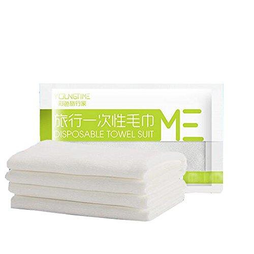 Serviettes blanches douces et confortables pour voyages d'affaires