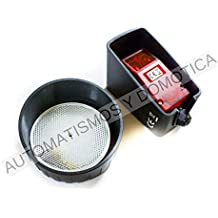Fotocelula polarizada de reflexión con espejo y protectores para exterior compatible con cualquier marca y modelo de motor o central de puerta automatica de garaje o parking y aplicaciones industriales, sensor de obstaculos