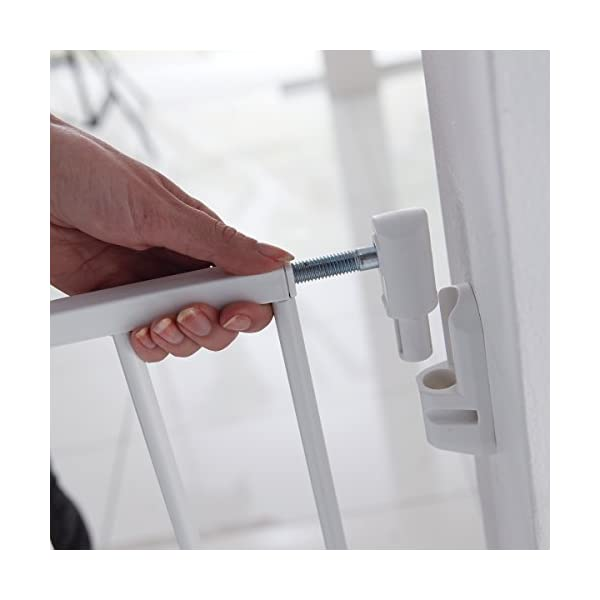 Lindam Wall Fix Extending Metal Safety Gate (Push to Shut/Easy Close) Lindam One handed push to shut closing Fixes directly to the wall. Baby Gate can be set to open in one direction only or in both directions Extends to fit openings between 64.5cm and 102cm.  It is important that you measure the opening of where you want to install your safety gate correctly. Always measure from the narrowest point, typically skirting to skirting 7
