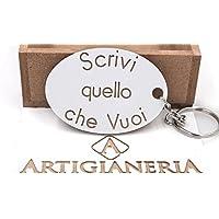 ArtigianeriA - Portachiavi in legno, personalizzato con testo a scelta. Realizzato a mano interamente in Italia. Idea regalo per ogni occasione.