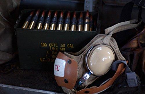 The Poster Corp Stocktrek Images - A Box of live M2 50 Caliber Machine Gun Ammunition Kunstdruck (43,18 x 27,94 cm) -