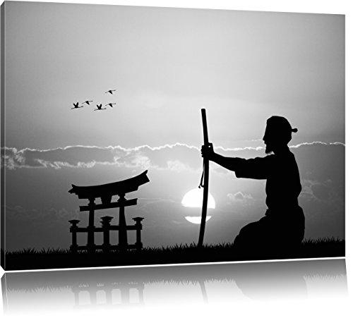 alter Samurai-Meister vor Horizont Kunst B&W, Format: 60x40 auf Leinwand, XXL riesige Bilder fertig gerahmt mit Keilrahmen, Kunstdruck auf Wandbild mit Rahmen, günstiger als Gemälde oder Ölbild, kein Poster oder Plakat -