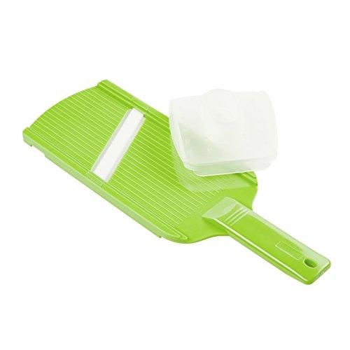 SteinBEISSER hochwertige Küchenreibe mit extra scharfer Keramik-Klinge | Mit Hand-Schutz | Gemüsehobel | Multifunktions Reibe | Mandoline | Allzweckreibe | Raspel | Hobel | grün