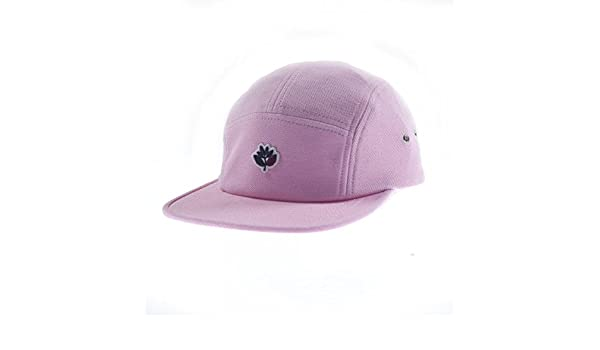 b177762d41d Magenta Skateboards 6 Panel Cotton Hat Pique Rose Clothing Cap   Amazon.co.uk  Sports   Outdoors