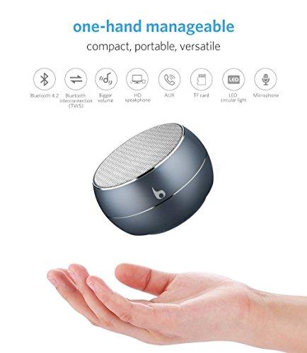 OKE Mini Bluetooth 4,2 Lautsprecher, Kabellos Tragbar Bluetooth Musikbox, Stereo Klang mit tiefem Bass, Metal Gehäuse, eingebautem Mikrophone für Freisprechen, AUX und MikroUSB Kabel, unterstützt Micro SD Karte (Grau)