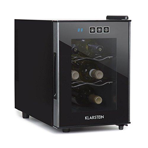 Elegante nevera de vino con puerta de cristal y panel de control táctil.           Funcionamiento silencioso con emisiónde ruido de38 dB y regulación exacta detemperatura.           Espacio para 6 botellas de vino en 2 baldas cromadas.     ...