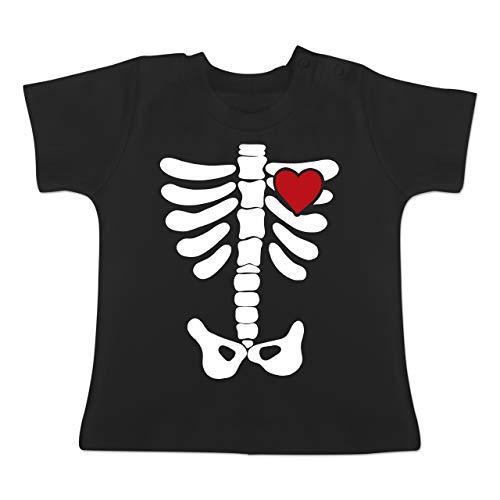 Anlässe Baby - Skelett Herz Halloween Kostüm - 6-12 Monate - Schwarz - BZ02 - Baby T-Shirt ()