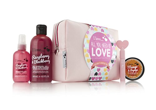 I Love All You Need Is Love Beauty Essentials Bath & Body Luxury Xmas Gift Set