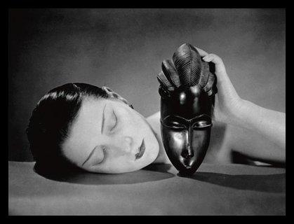 Man Ray Poster Kunstdruck Bild Noire et Blanche im Alu Rahmen in schwarz 66x86cm - Germanposters
