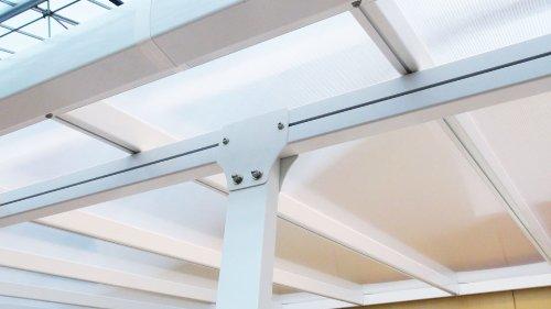 Hochwertige ALU Terrassenüberdachung/Veranda - 550 x 300 (BxT) / Überdachung/Pergola Palram Feria Weiß - 2