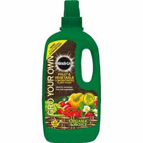 miracle-gro-grow-your-own-fruit-and-vegetable-conc-liq-plant-food-1-litre