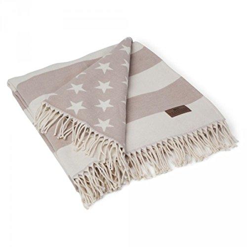 lexington-icons-flag-throw-white-beige